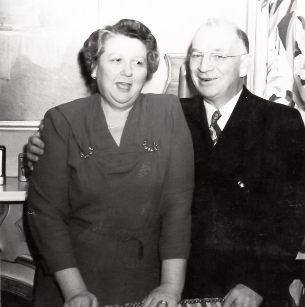 Elizabeth Sherwood Beach Bierer (Oddie) with Ralph Winfred Bierer, probably taken in their Avon Road home in Binghamton.