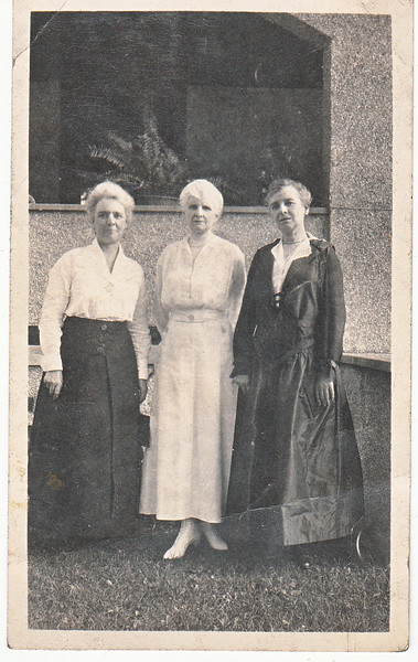 August 1917 - On the left, Fanny Roberts, and on the right Mary Louise Roberts Eastman, sisters of (center) Charlotte Roberts Treadwell, the mother of Mable Treadwell Marean