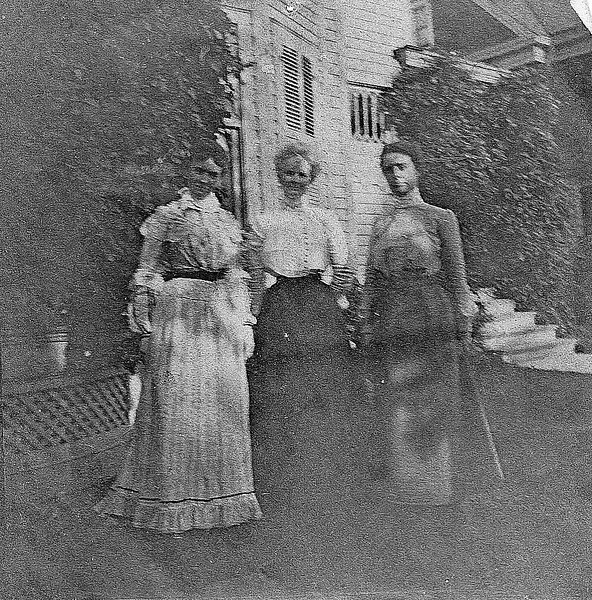 Mary Louise Roberts Eastman, Charlotte Roberts Treadwell, and Fanny Roberts