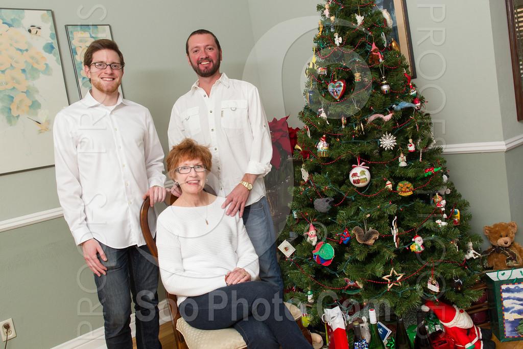 2013-12-26-maria-coggiola-family-1127
