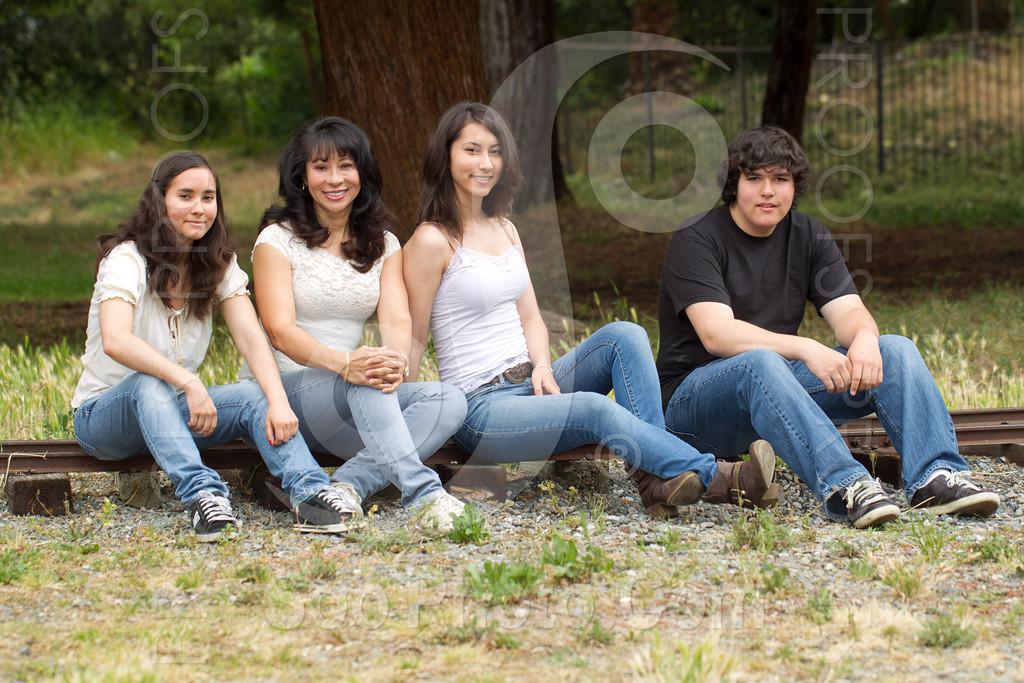 maria-family-7678