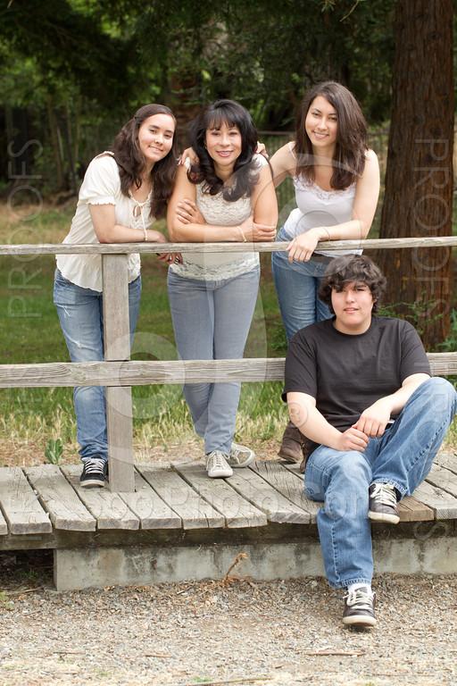 maria-family-7652