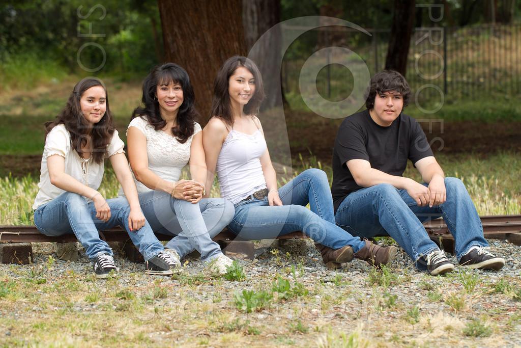 maria-family-7679