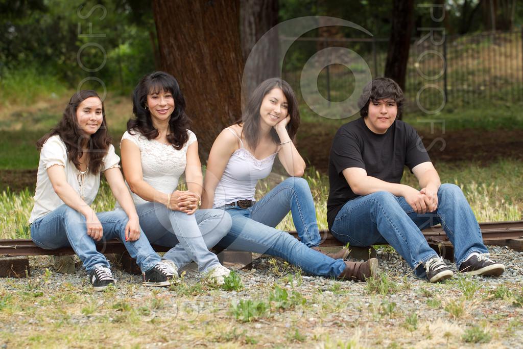 maria-family-7682