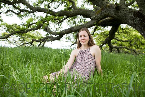 Mariah Senior Photos - Trish Brown