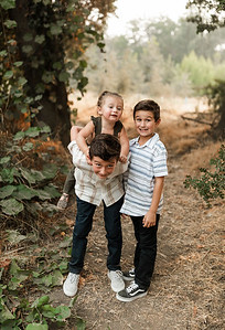 Alexandria Vail Photography Family Session Kaweah Oaks Preserve Mattos 021