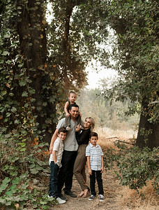 Alexandria Vail Photography Family Session Kaweah Oaks Preserve Mattos 010