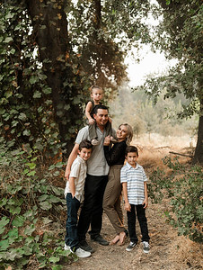 Alexandria Vail Photography Family Session Kaweah Oaks Preserve Mattos 011