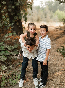 Alexandria Vail Photography Family Session Kaweah Oaks Preserve Mattos 020