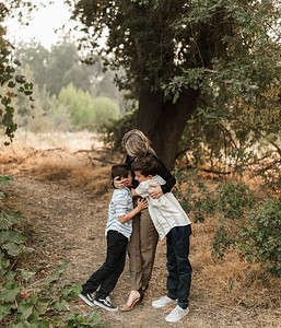 Alexandria Vail Photography Family Session Kaweah Oaks Preserve Mattos 025