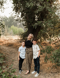 Alexandria Vail Photography Family Session Kaweah Oaks Preserve Mattos 024