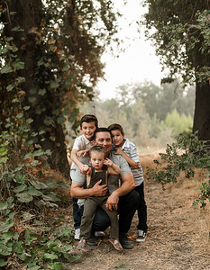 Alexandria Vail Photography Family Session Kaweah Oaks Preserve Mattos 027
