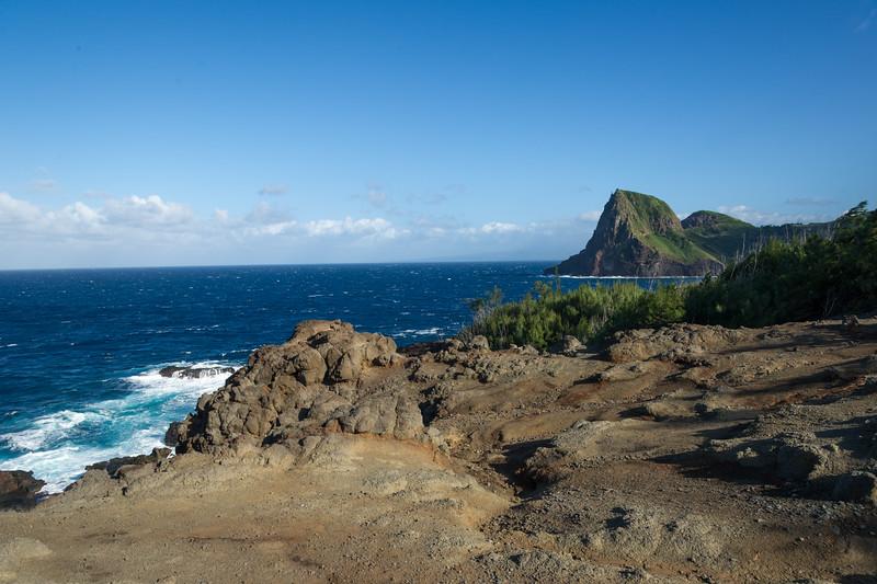 Kahakuloa Head (Pu'u Koa'e & Pu'u Kahuli'anapa)-view from the cliffs above the Olivine Pools.