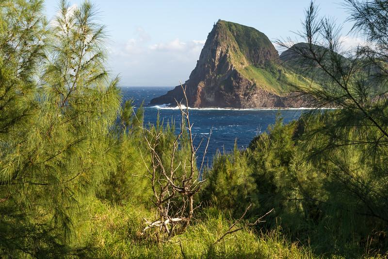 Kahakuloa Head (Pu'u Koa'e & Pu'u Kahuli'anapa).