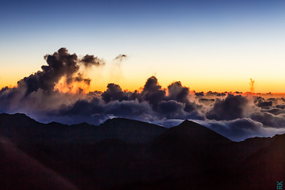 Haleakala summit at 10,000 feet:  Just few min before sun rise