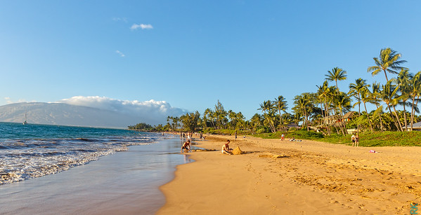Kihei Beach (across from our hotel)