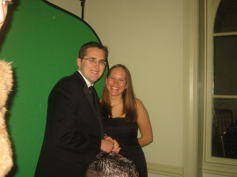Glenn and Amy getting their picture on a hallogram