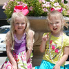 We met up for lunch with the Leslie girls.  Here is Hallie and Avery