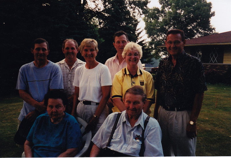 Stan, Jim, Liz, John, Louise & Lynn<br /> Julia & Don Mayer<br /> Don's 80 Birthday