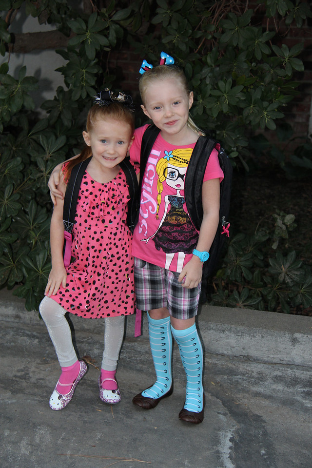 It's the first day of school! Eva and Talia both chose their outfits.