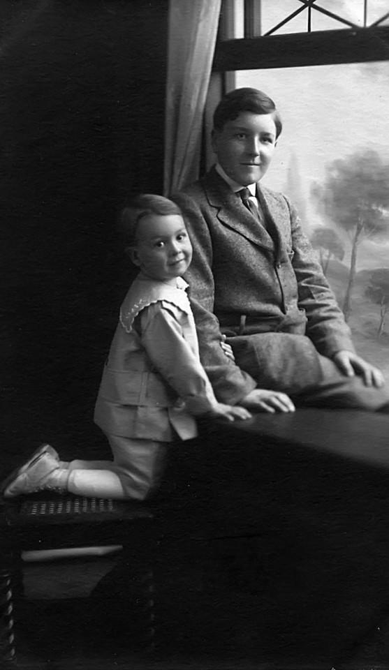 Homer Manson McChesney, age ~13 and Leroy Edward McChesney Jr, age ~3 years