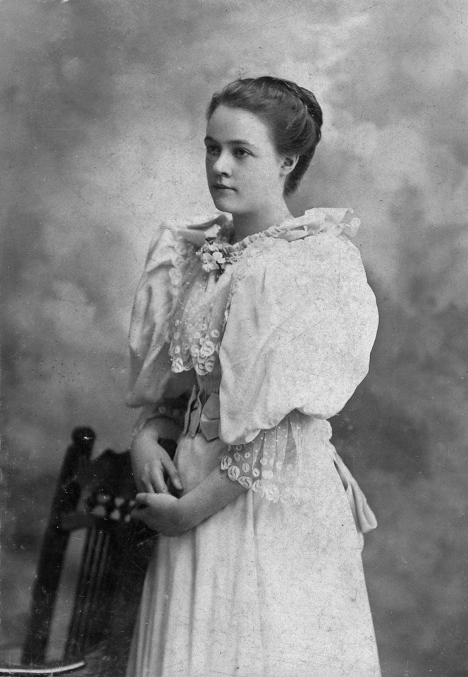 This is Alice Velma Lincoln, probably the second cousin to Florence Louise Manson.  I am assuming that this image was taken while she was a senior at Smith College, in 1898.  She never married.