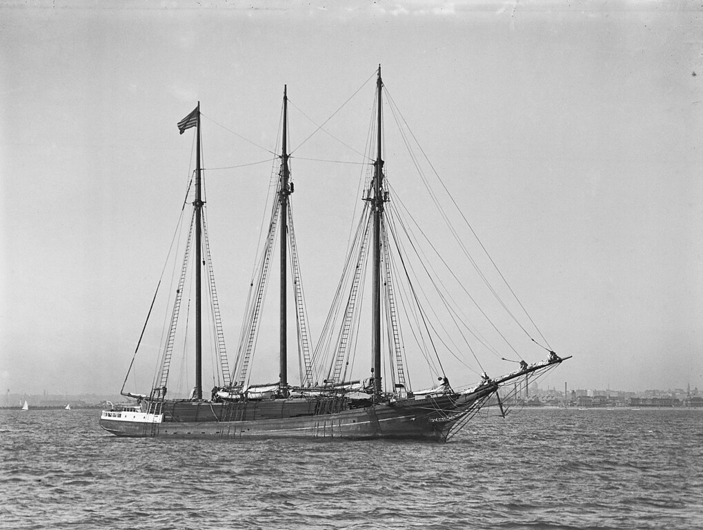 The Schooner Oceania Vance