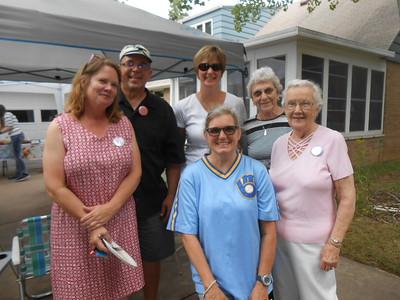 Edie & Kevin Bestul, Mary & Joan MacDonald, Eileen D'Orazio, Shirley Moser
