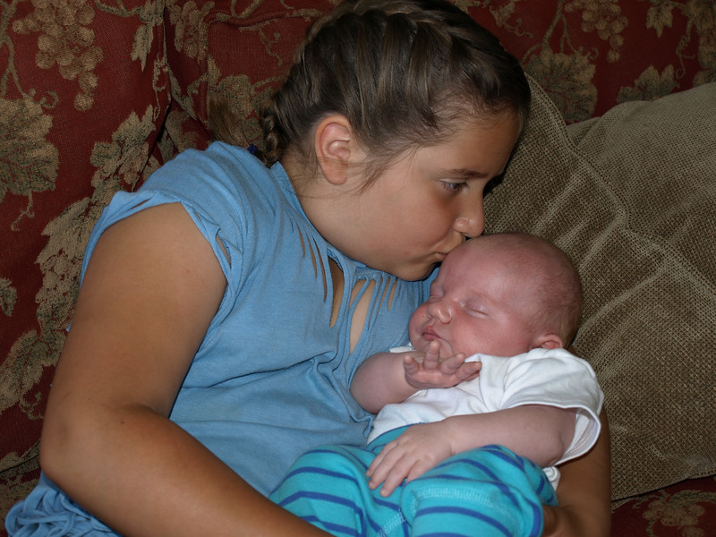 Riley giving Rooke a gentle kiss. 5/26/07
