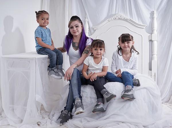 Mercedes Family