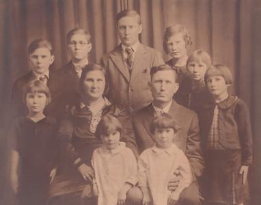 Meyers' Family Portrait 11x14