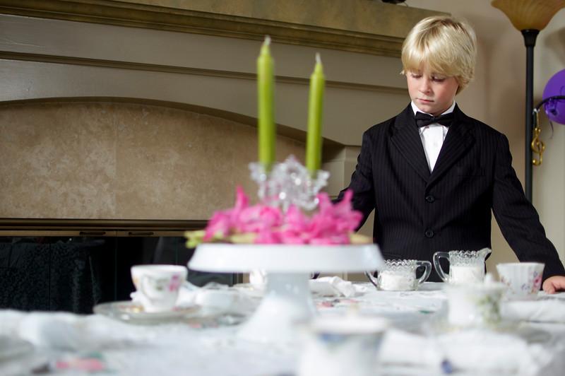 Simeon was the waiter.