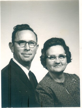 Mom & Dad 1960