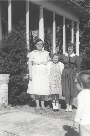 Mabel (Watson) Newman, Starlette (Newman)Sinyard, Mittie Ella (Watson)Cawthon aka, Skeet