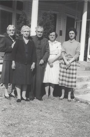 Aunt Bessie, Omie Lee (Cheetwood) Watson, Leon Watson, Sr,  Mabel (Watson) Newman, Betty Jean (Watson) McKlesky
