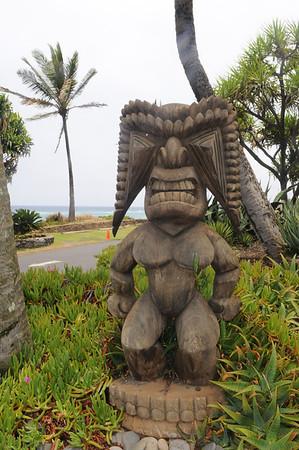Statue outside Mama's Fish House, Paia Maui, HI
