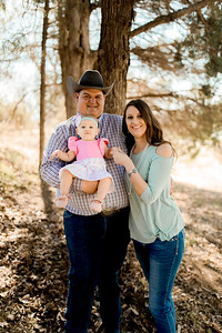 00002--©ADHPhotography2020--MILLER--FAMILY--April4