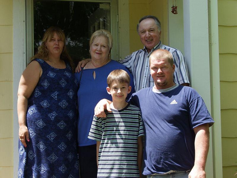 Ricky's Family 04-29-01