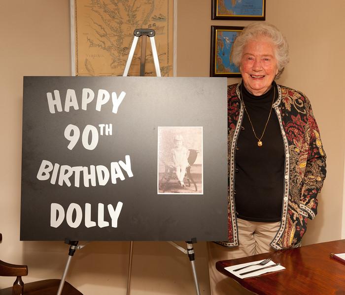 Dolly-2011-13