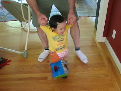 Mischa Walking & Crawling (VIDEO)