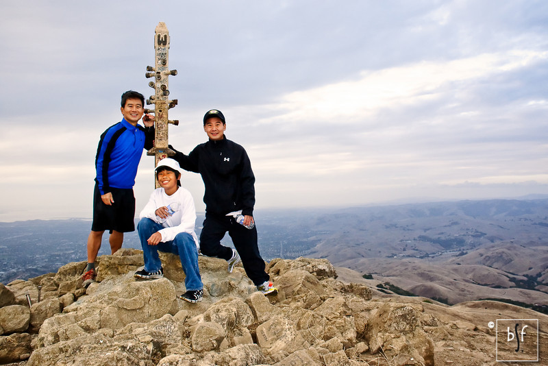 Went to Mission Peak with Andrew and Greg. This was our first activity after the Healdsburg Wine Country Marathon.