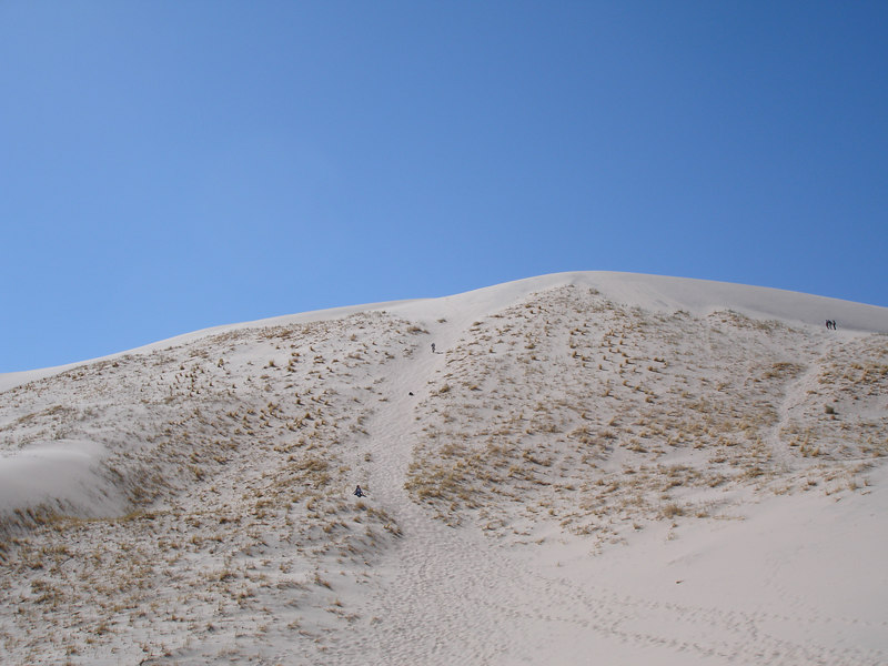 Cameron working his way to the summit of Kelso Dunes.