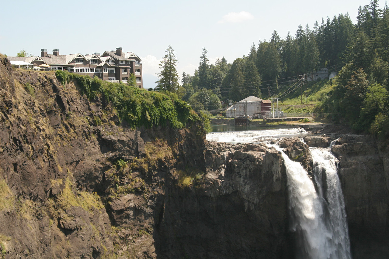 Snoqualmie Falls & the Inn