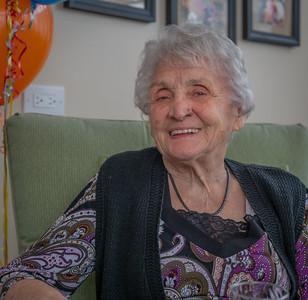 Mom_90th_Birthday_161210_(4of20)