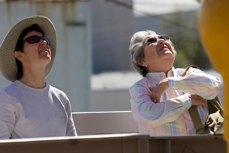 Look, up in the sky, it's a bird, it's a plane, ... Galveston, February 2008