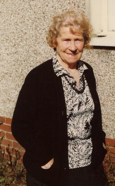 Oma, 1990.