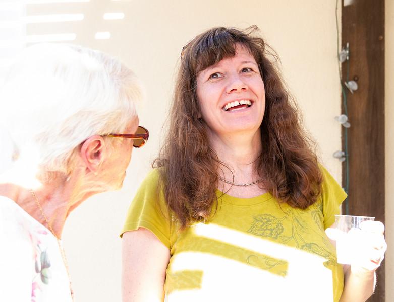 9852. Susan and Mrs. VanDerWyk (?)