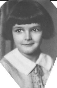 Elizabeth Beach Bierer Marean as a child