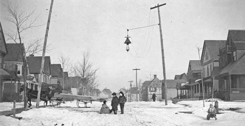 Murray St, Binghamton, NY - probably between 1900 - 1920. Henry Marean, father of Henry Marean, and grandfather of Henry E. Marean, lived on this street. I believe that Allyn Marean also lived on this street. What is funny as wellis that the Beachs and Bierers also lived on Murray, though on the other side of Court Street.