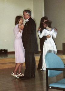 Susan's wedding, mom/dad, susan/marting